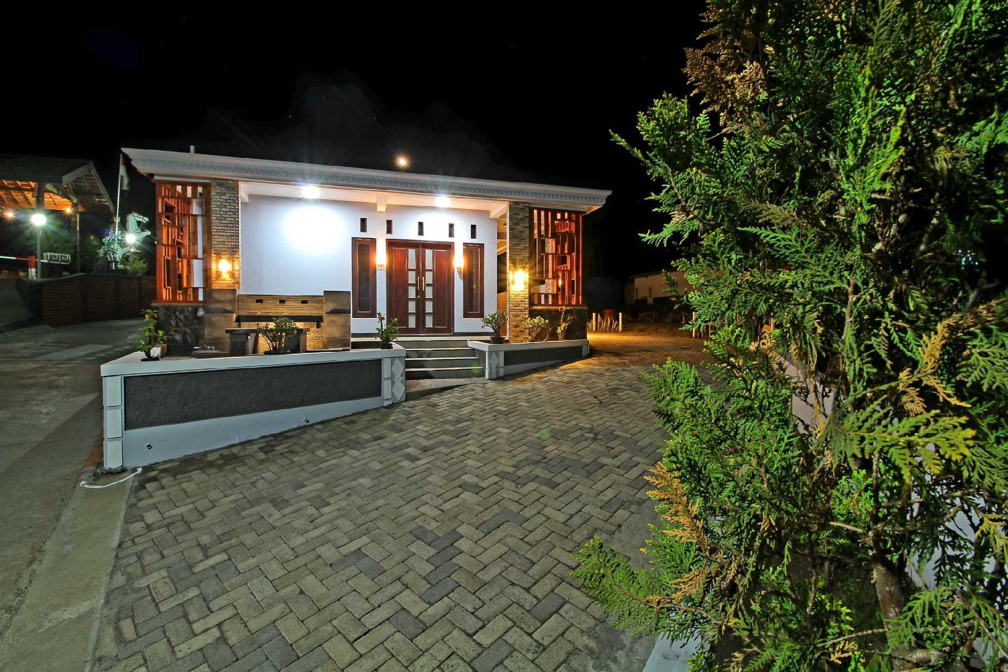 Saputra View Bromo Guest House, Probolinggo