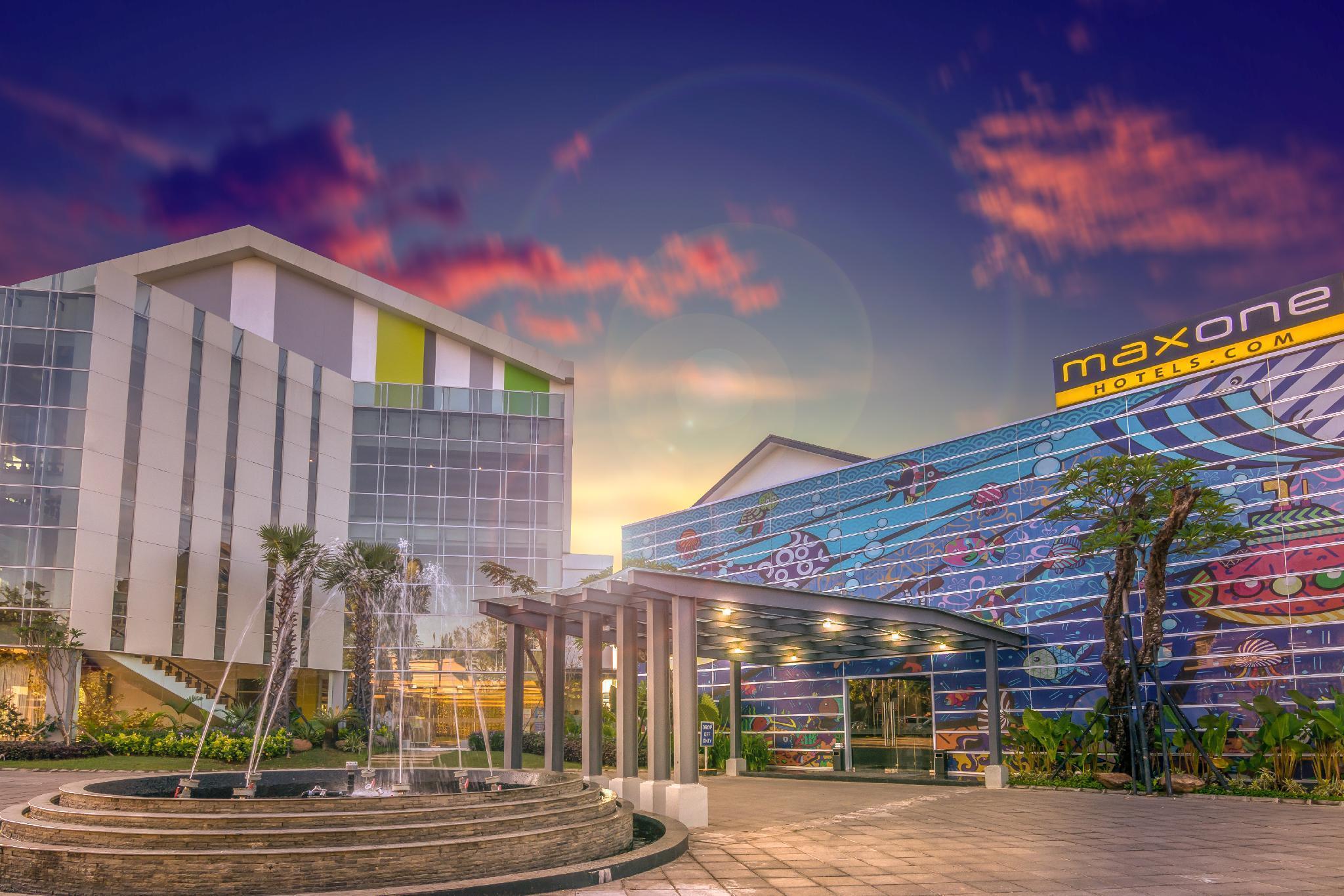 MaxOneHotels.com @ Resort Makassar