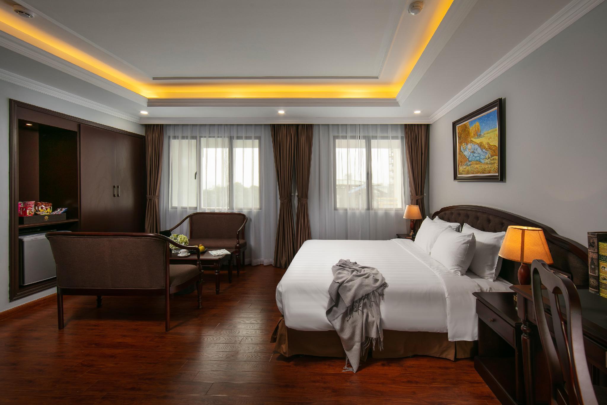 Halais Hotel, Hai Bà Trưng