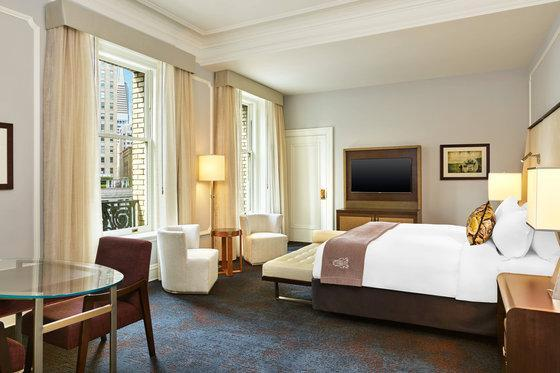 Grand Deluxe Room, Larger Guest room, 1 King, City view