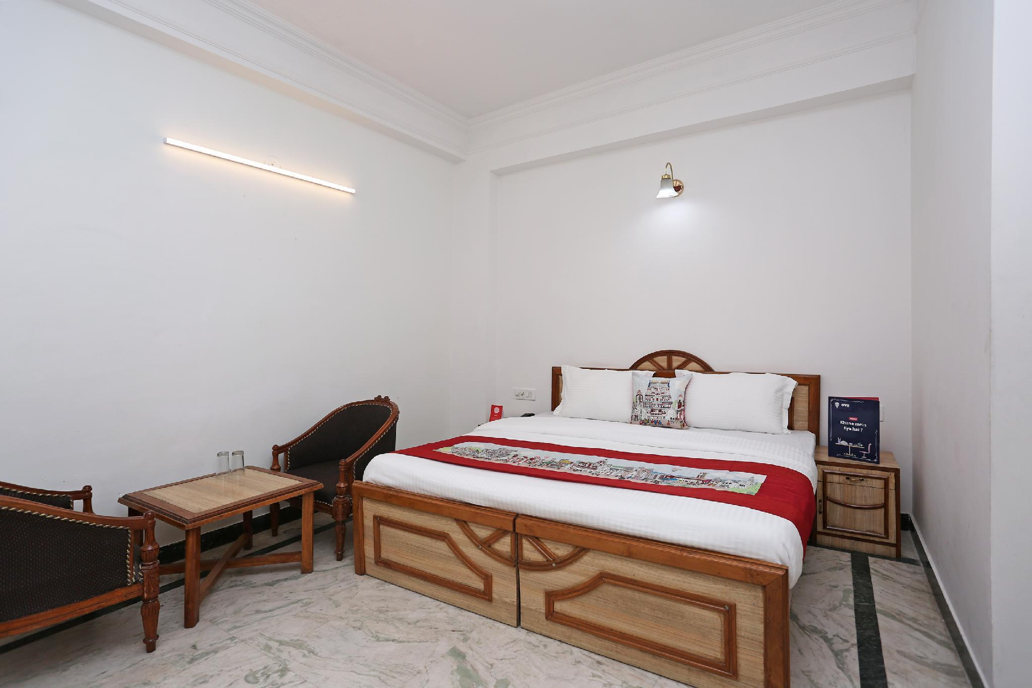 OYO 10072 Hotel Amrit Regency