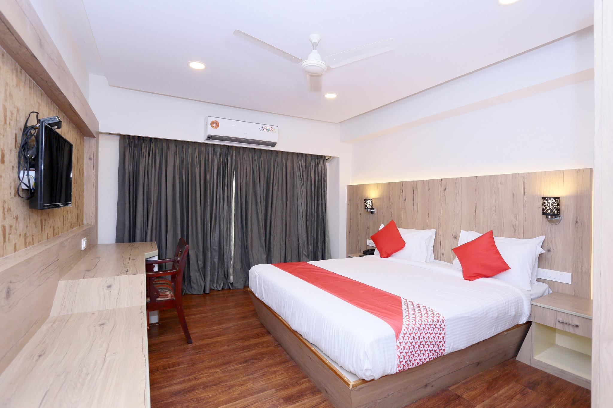 OYO 24570 The Palms, Kottayam