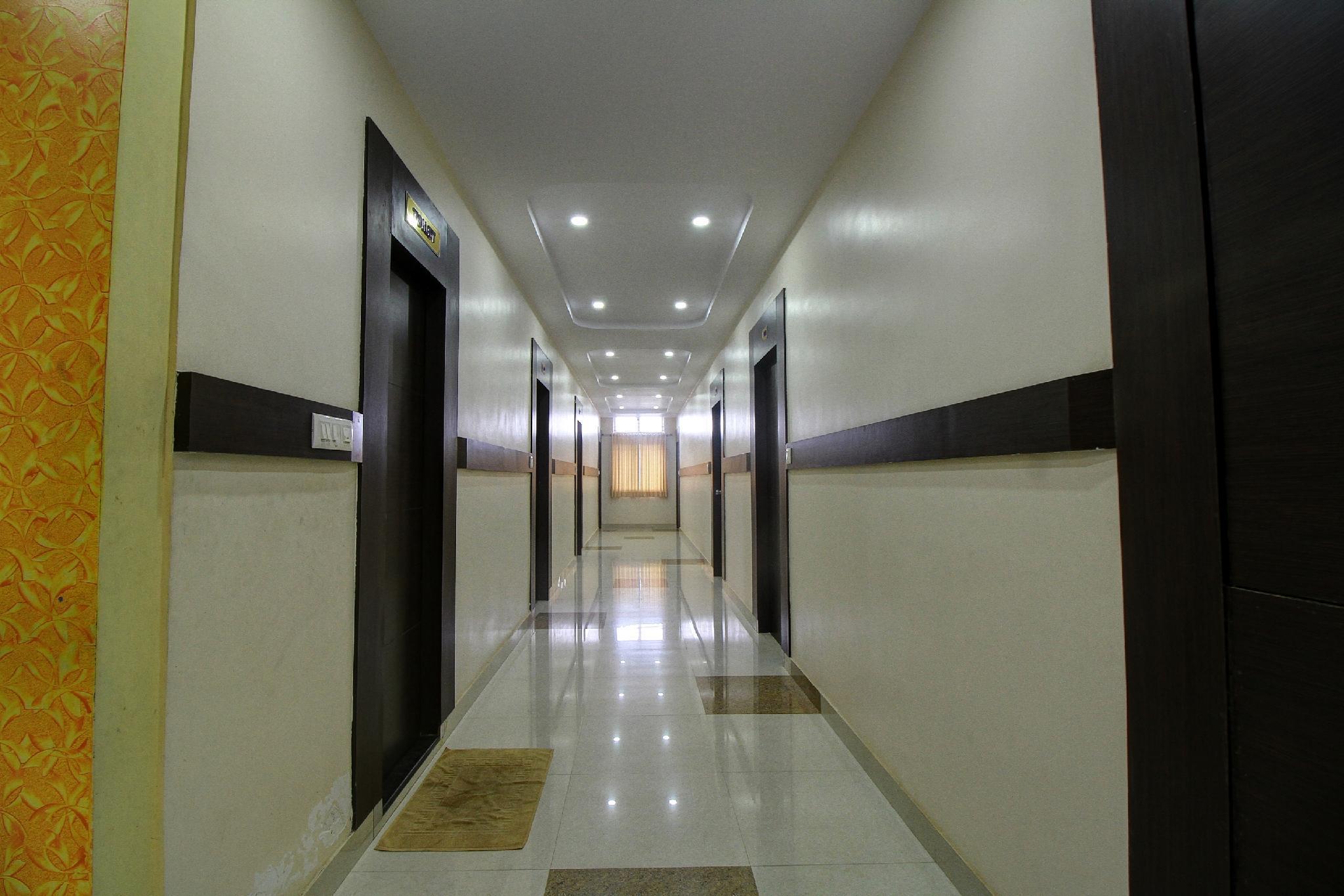 OYO 18410 Shree Sapthakoti Residency, Chikmagalur