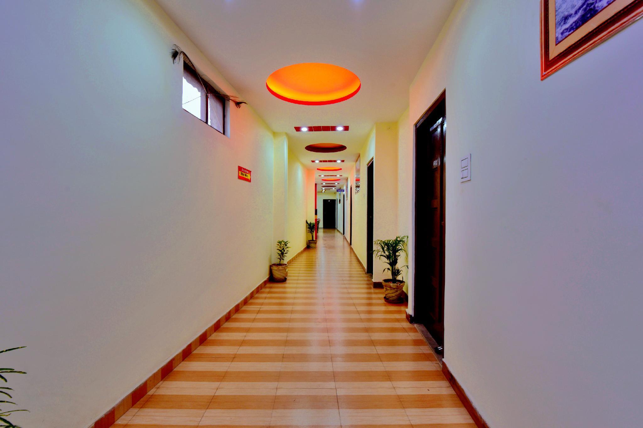 OYO 24207 Hotel Grand Raga, Mandi