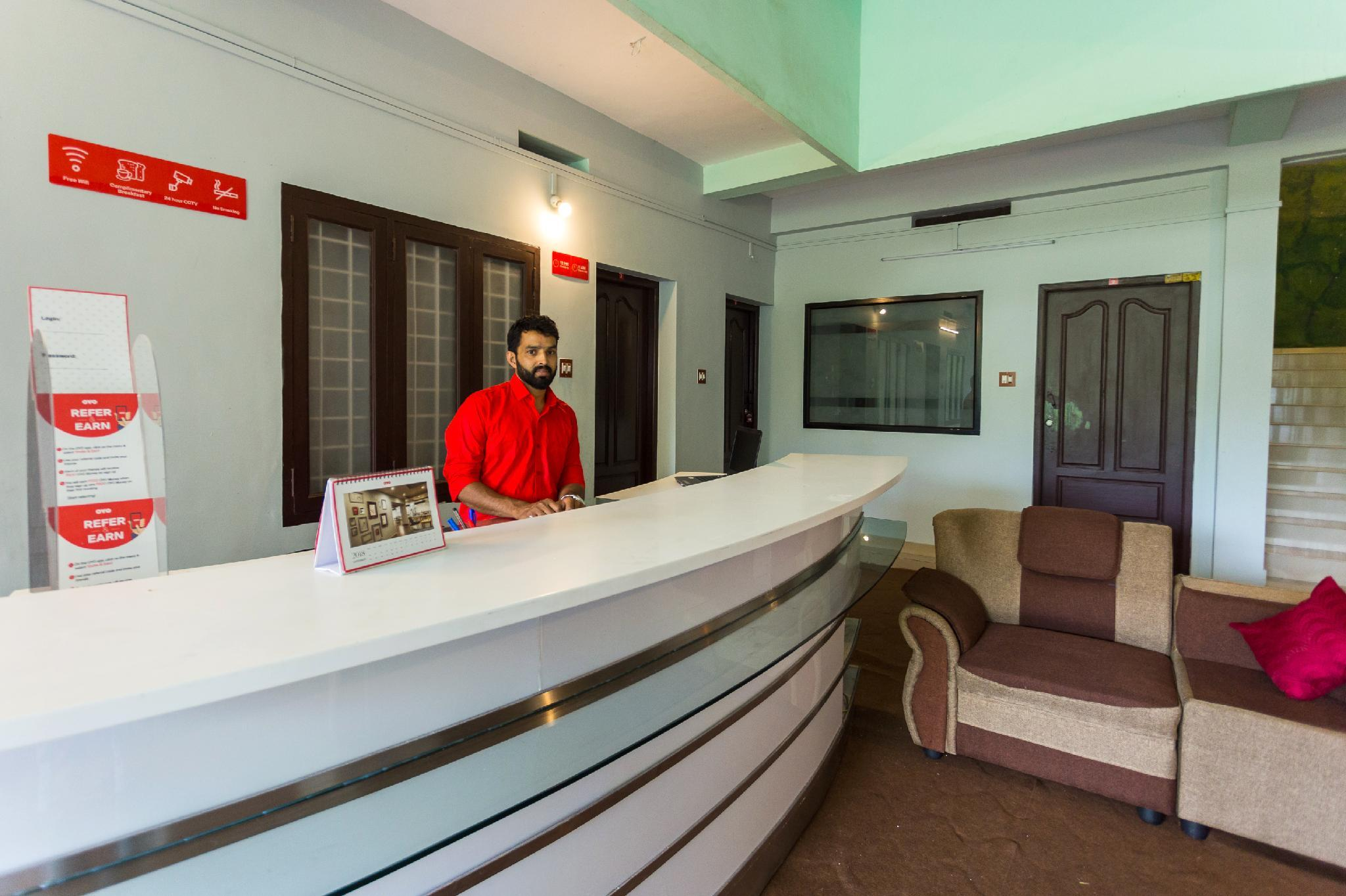OYO 15598 Cochin Airport Hotel, Ernakulam