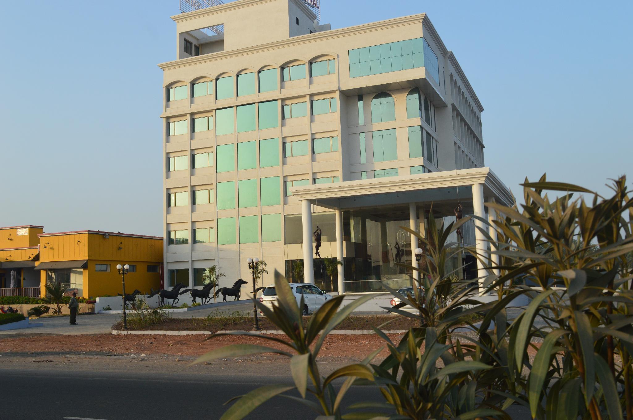 Prabhas Hotel by Belleza, Gir Somnath