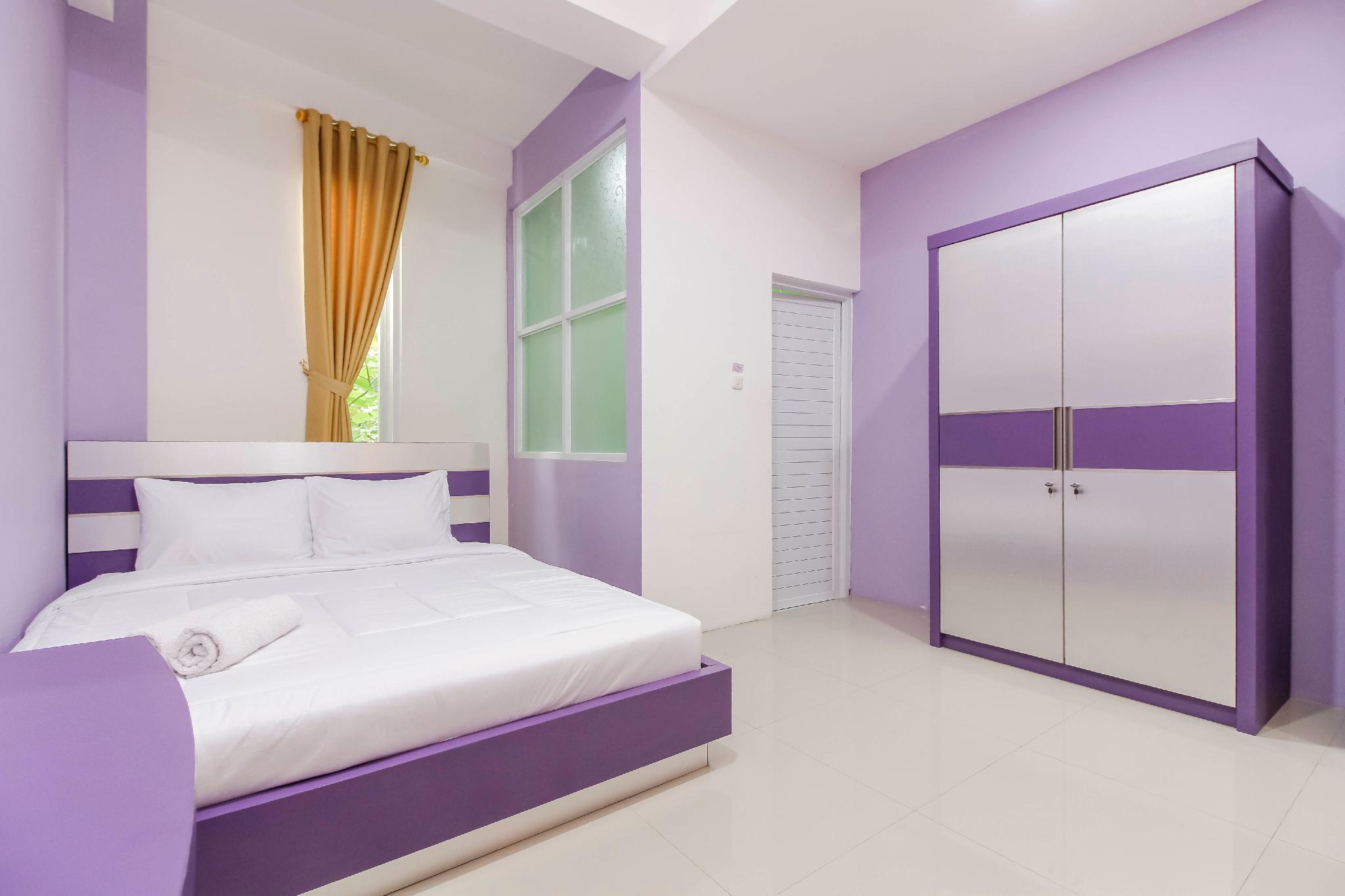 Ungu Vivo Hotel Bekasi, Bekasi