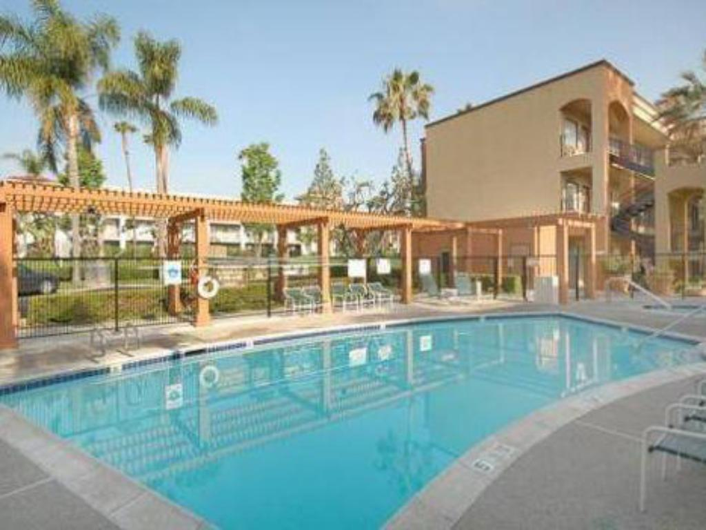 best price on cw suites john wayne airport in santa ana
