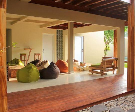 The Livingroom Hostel Lombok