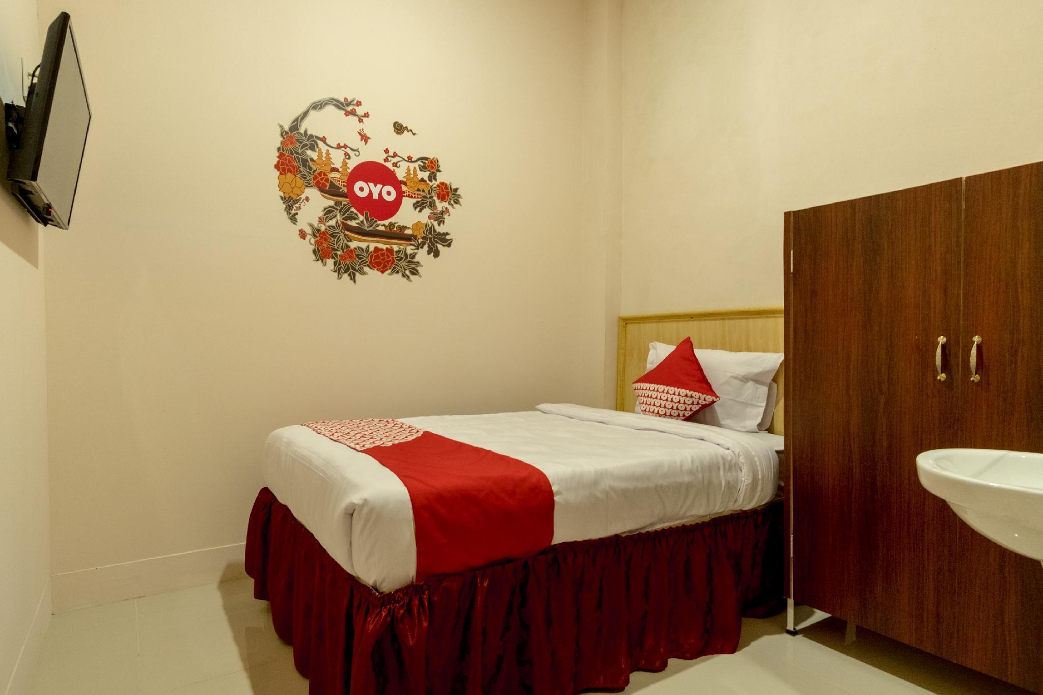 OYO 355 Fella Homestay, Medan