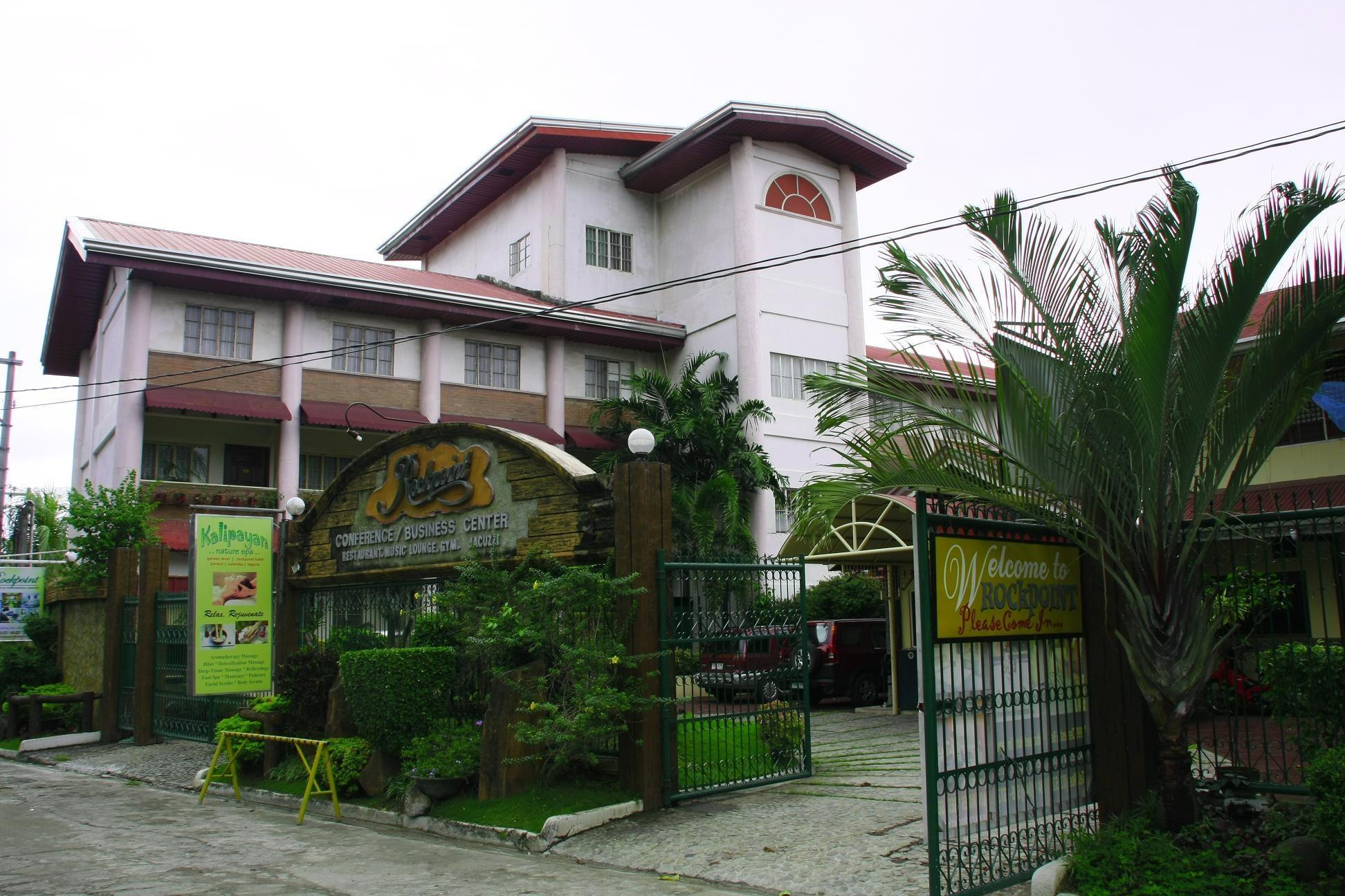 Rockpoint Hotspring Resort Hotel & Spa, Calamba City