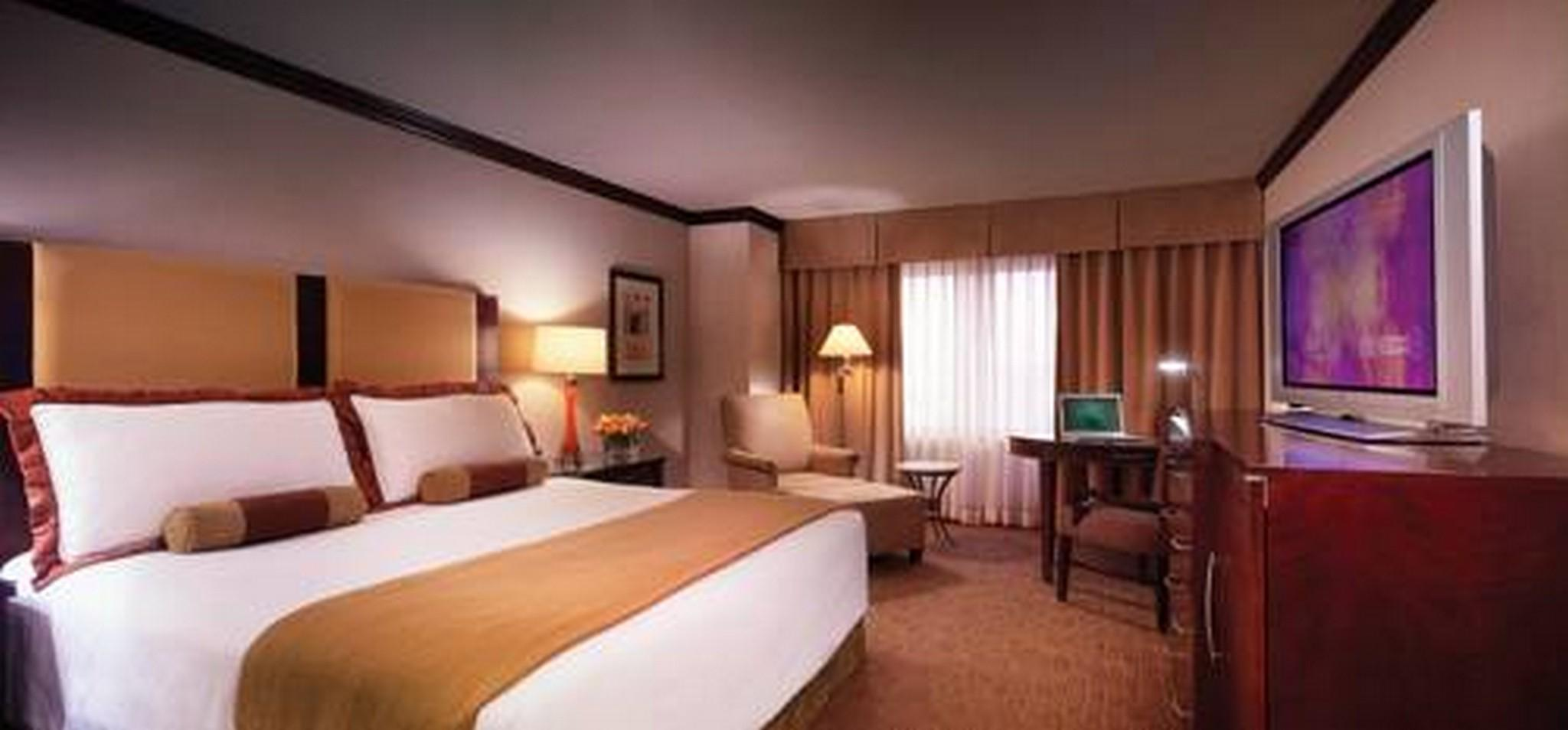 Ameristar Casino Hotel Kansas City, Clay