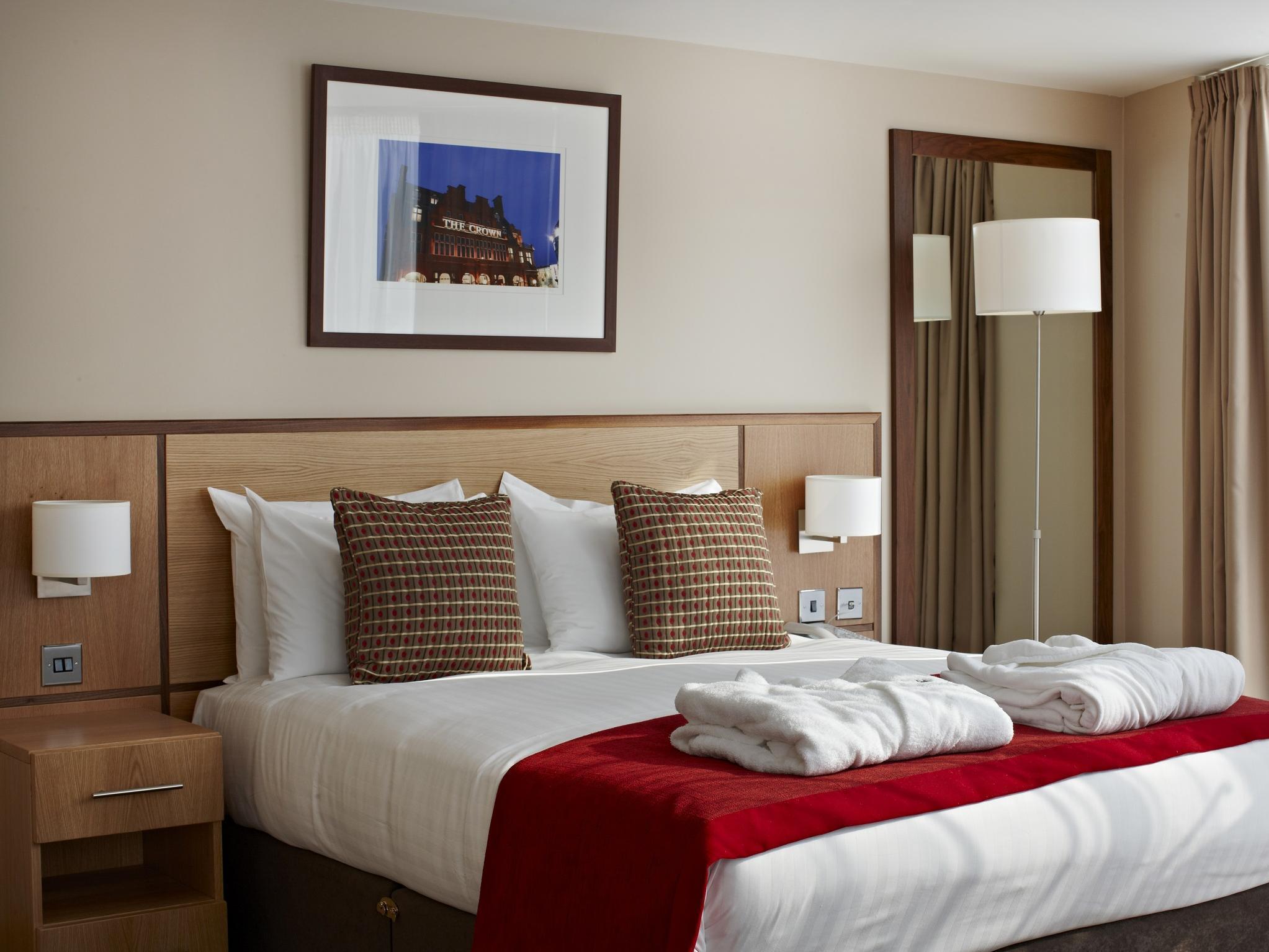 Clayton Crown Hotel London, London