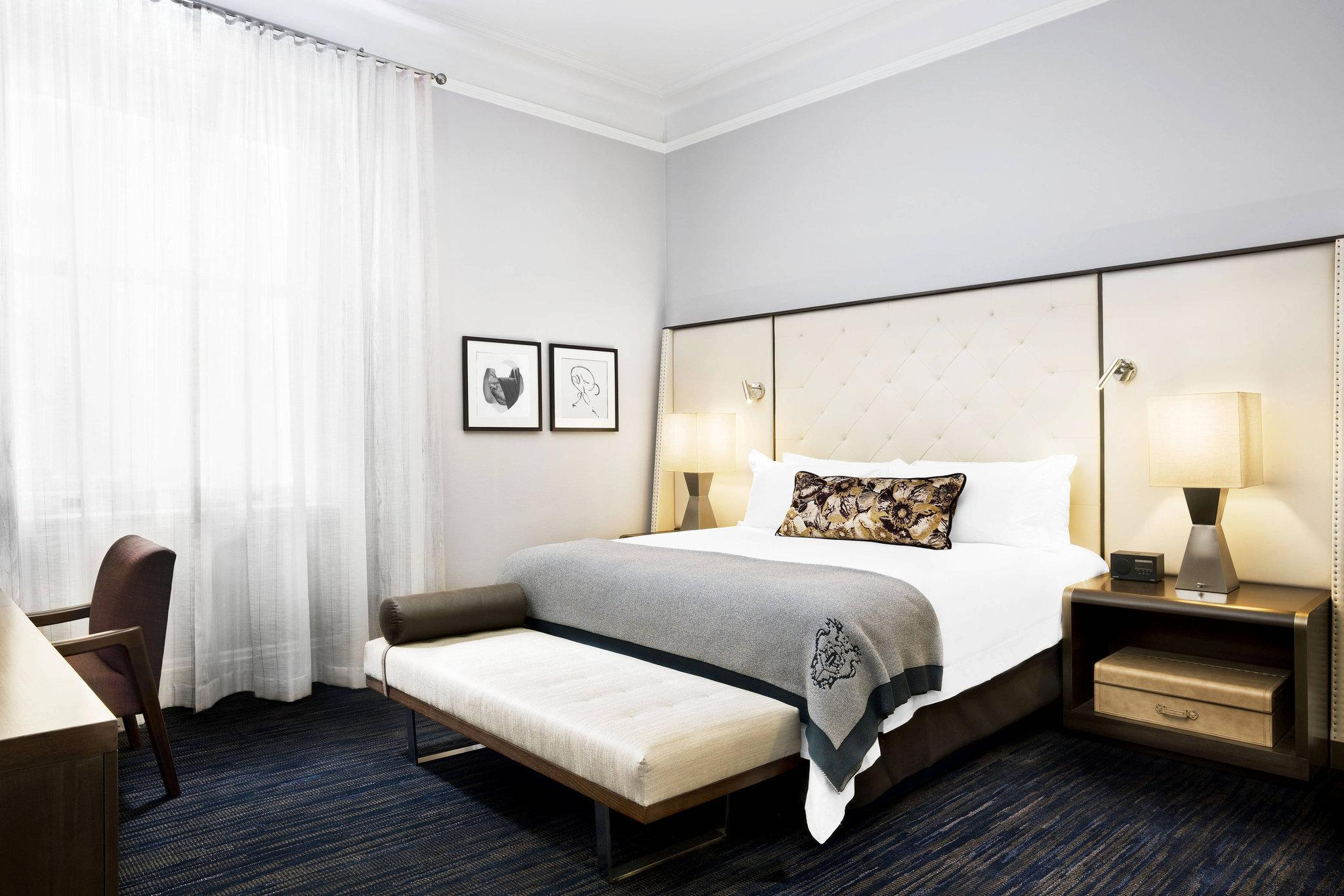 Market Street View Room, Guest room, 1 King, City view