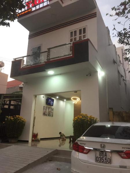 Nha Nghi Trinh Uy