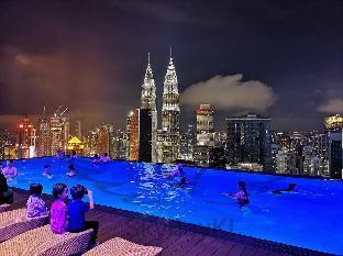 203Platinum Suites KLCC  51F Infinity Pool SKYBAY, Kuala Lumpur