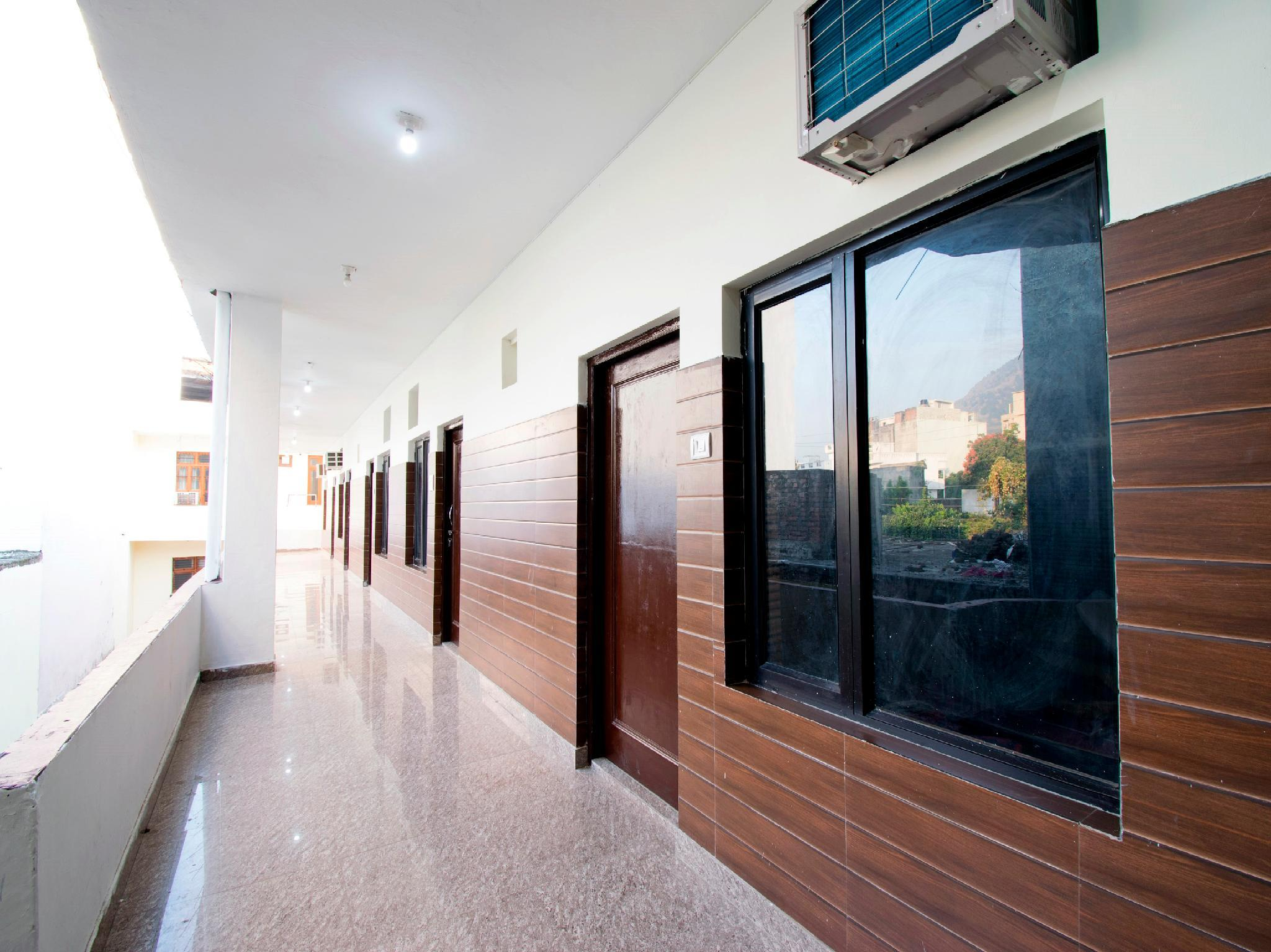 OYO 22932 Hotel Shiv Shanker, Reasi