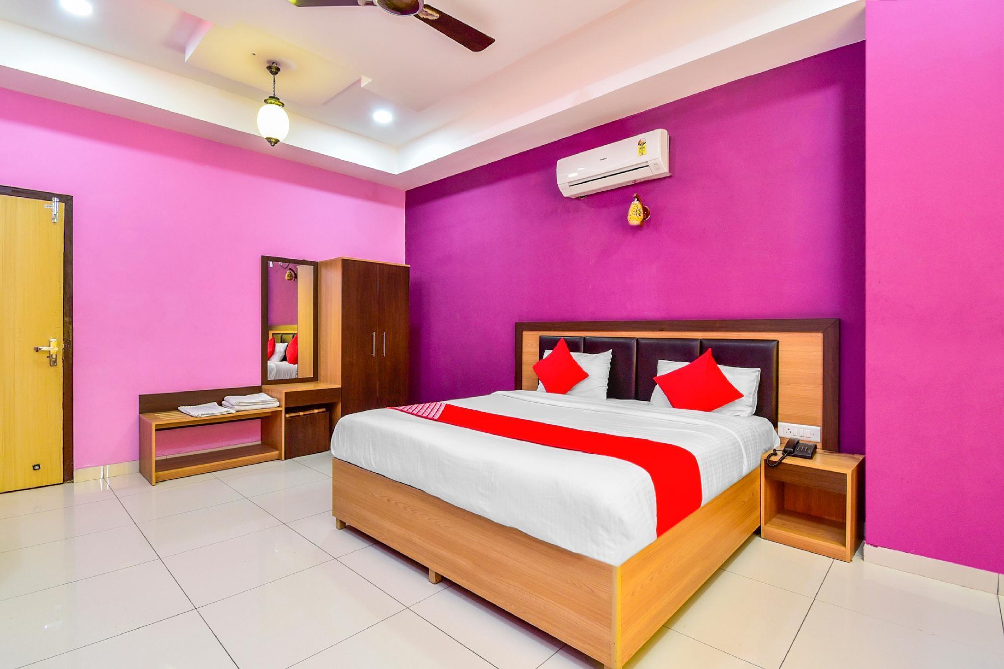 OYO 28779 Hotel Vinayak Resort, Sikar