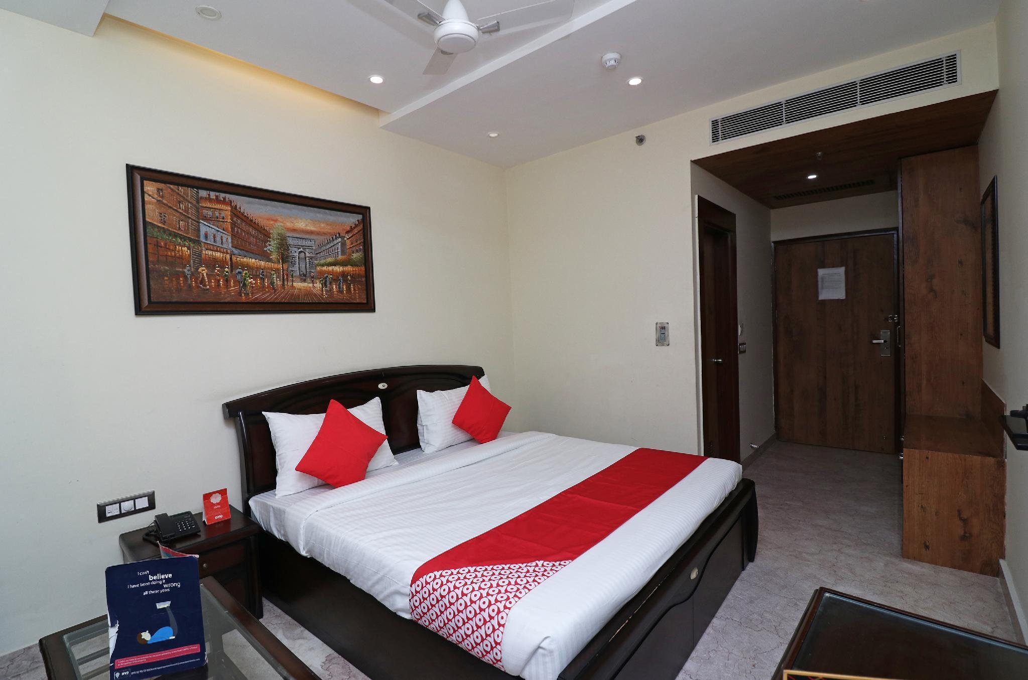 OYO 18999 Flagship Prakash Continental Hotel