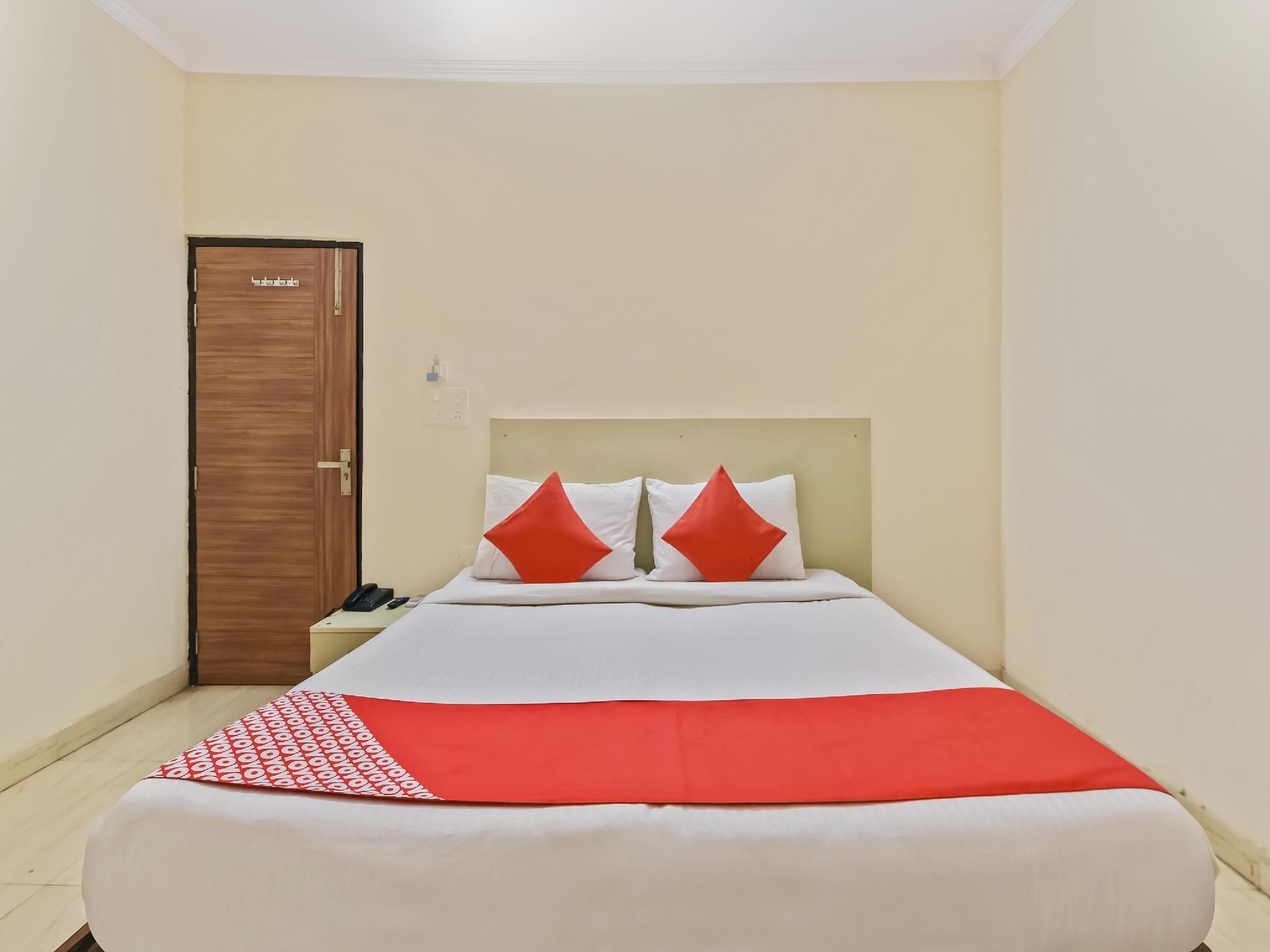 OYO Flagship 16642 Hotel Mahadev, Ghaziabad