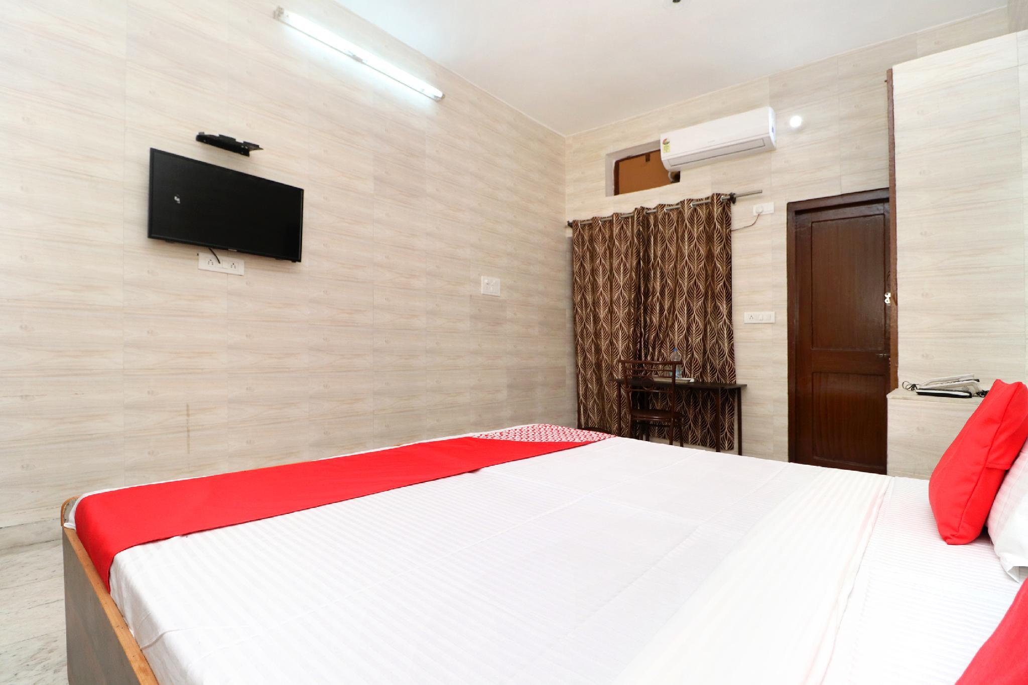 OYO 23066 Shiv Guest House, Jalandhar