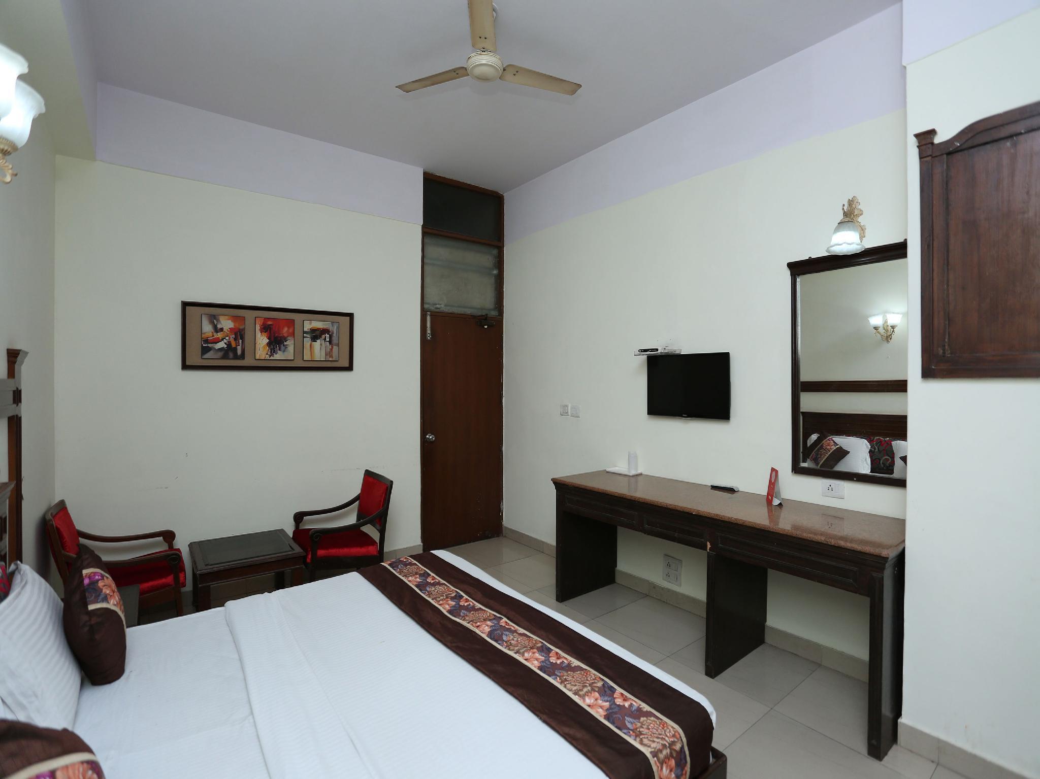 OYO 16647 Hotel Batra Palace, Ambala