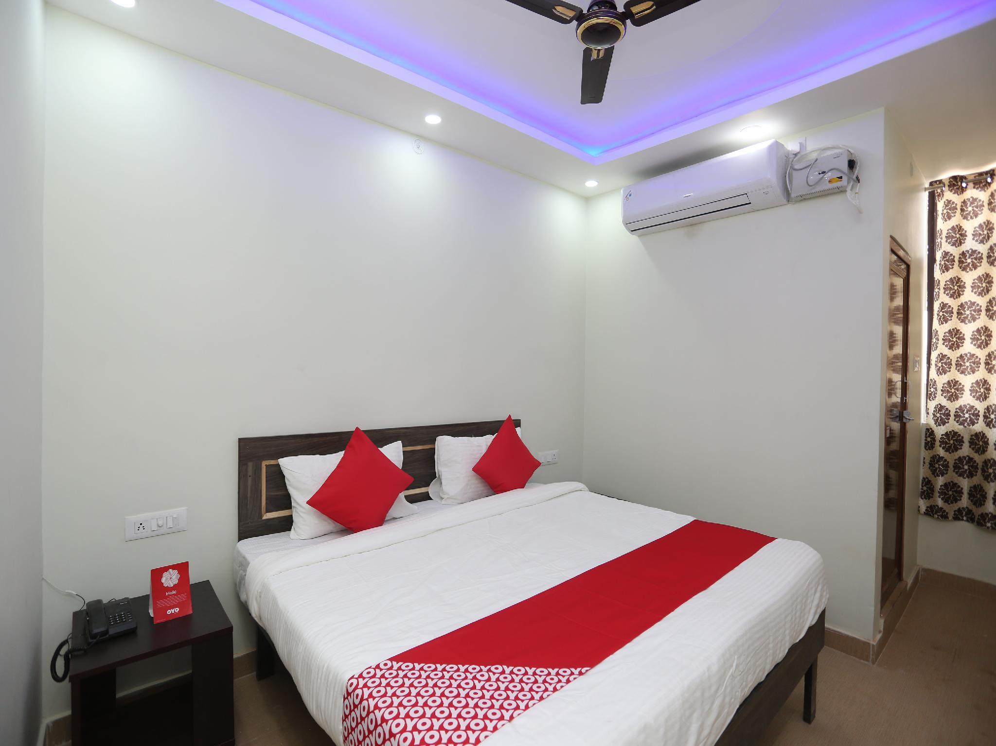 OYO 23253 Hotel Baswari, Allahabad