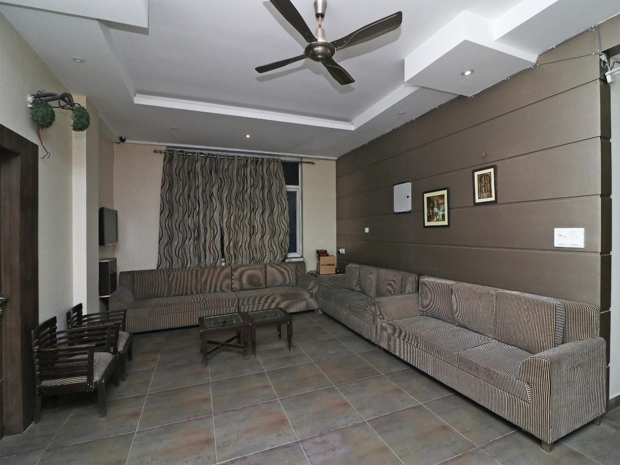 OYO 3396 Hotel Parichay, Rewari