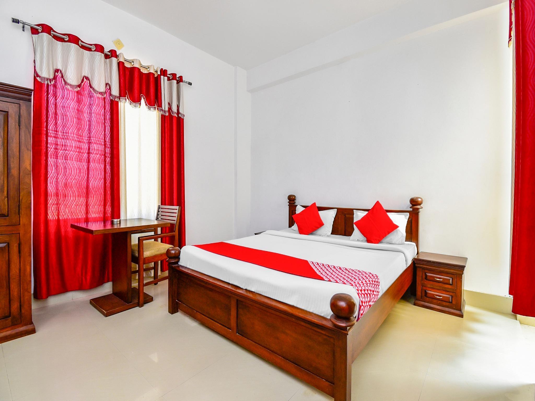 OYO 28737 Hotel Mayur, Sikar