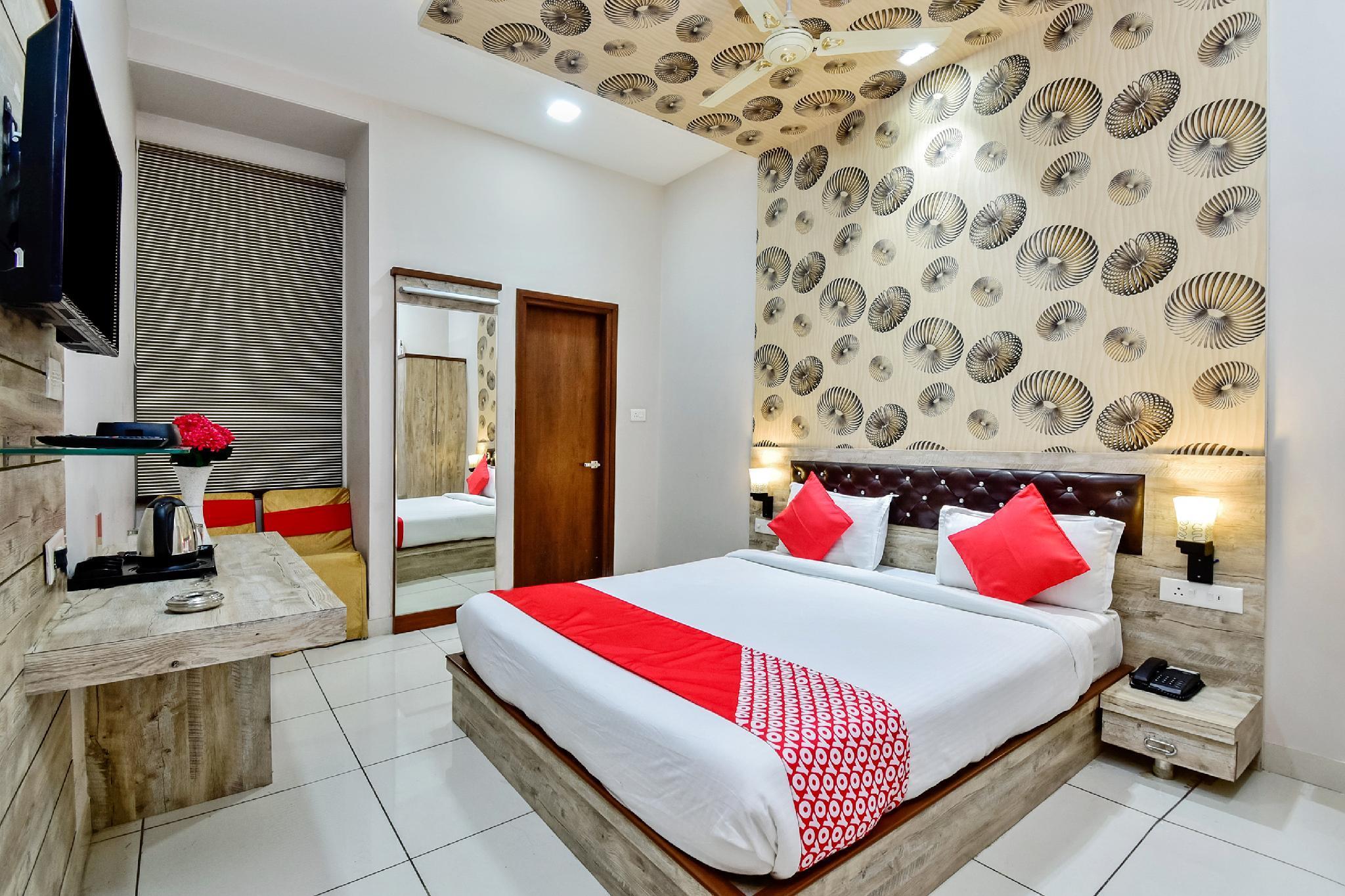 OYO 28727 Hotel Ananta, Sikar