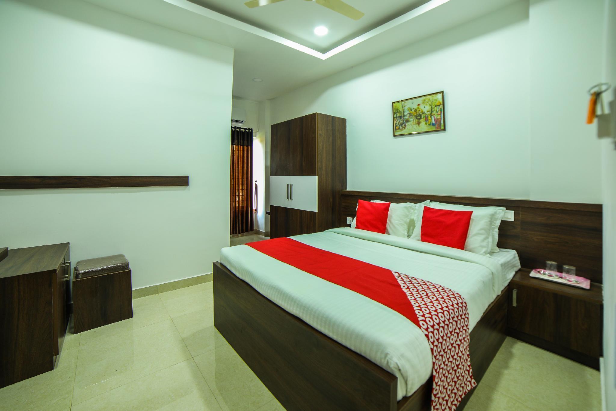 OYO 28852 P J's Residency, Kannur
