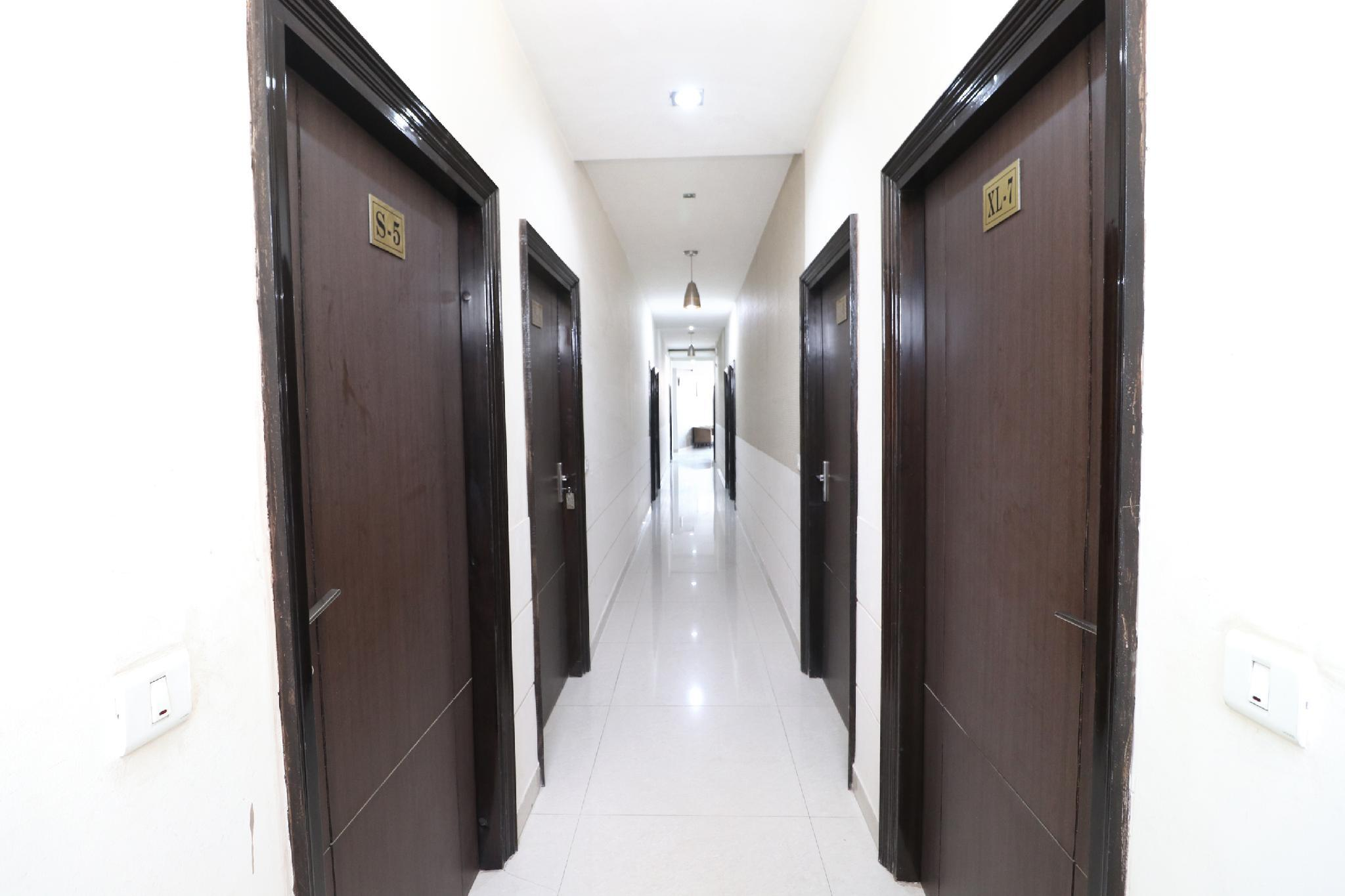OYO 3404 Hotel Ahluwalia Regency, Bathinda