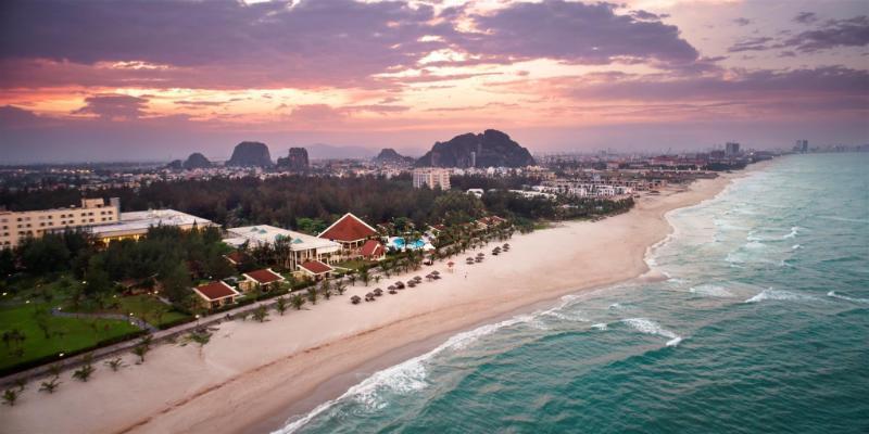 Centara Sandy Beach Resort Da Nang