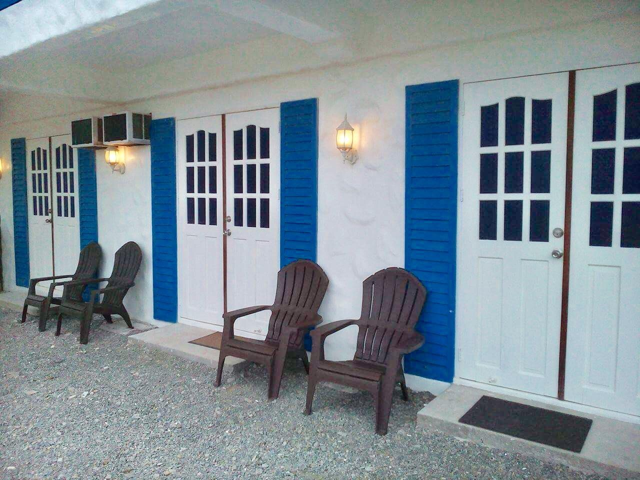 Blue Coco Baler Beach House, Baler
