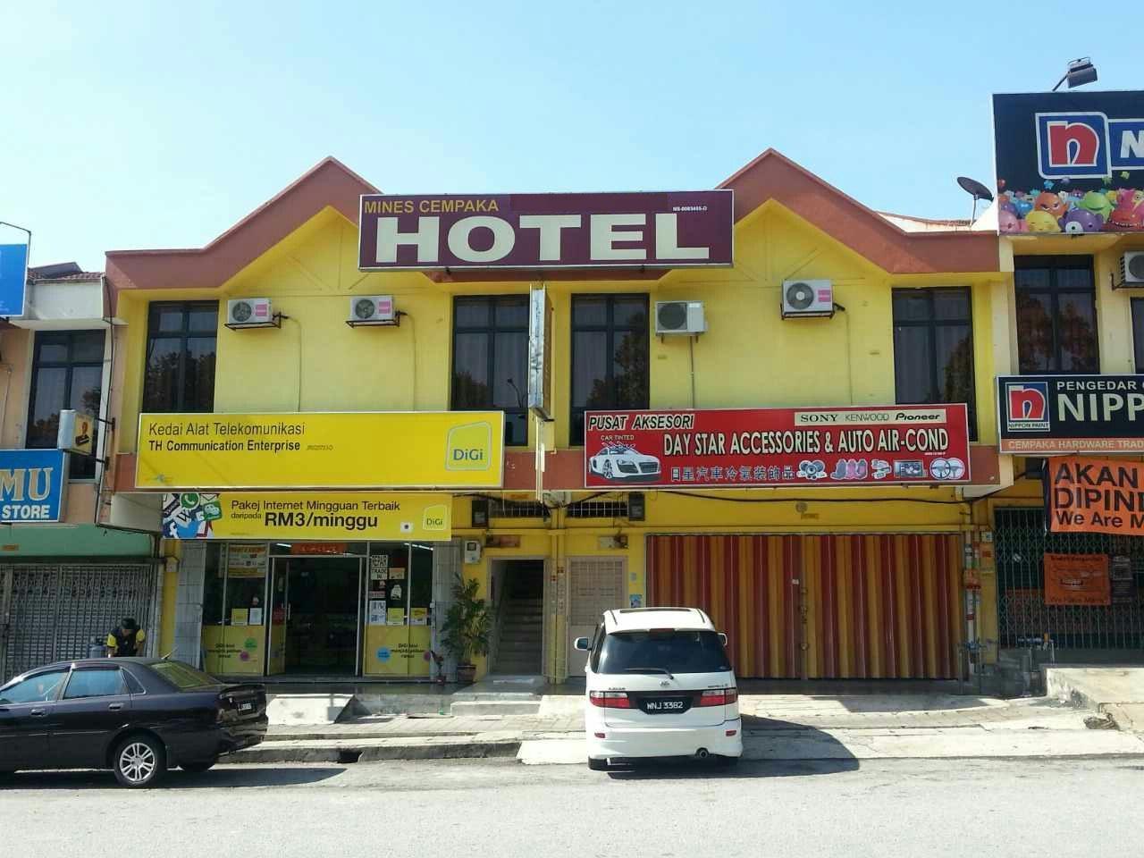 Mines Cempaka Hotel, Seremban