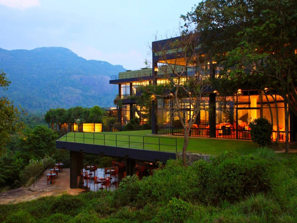 Best Price on Heritance Kandalama in Sigiriya + Reviews