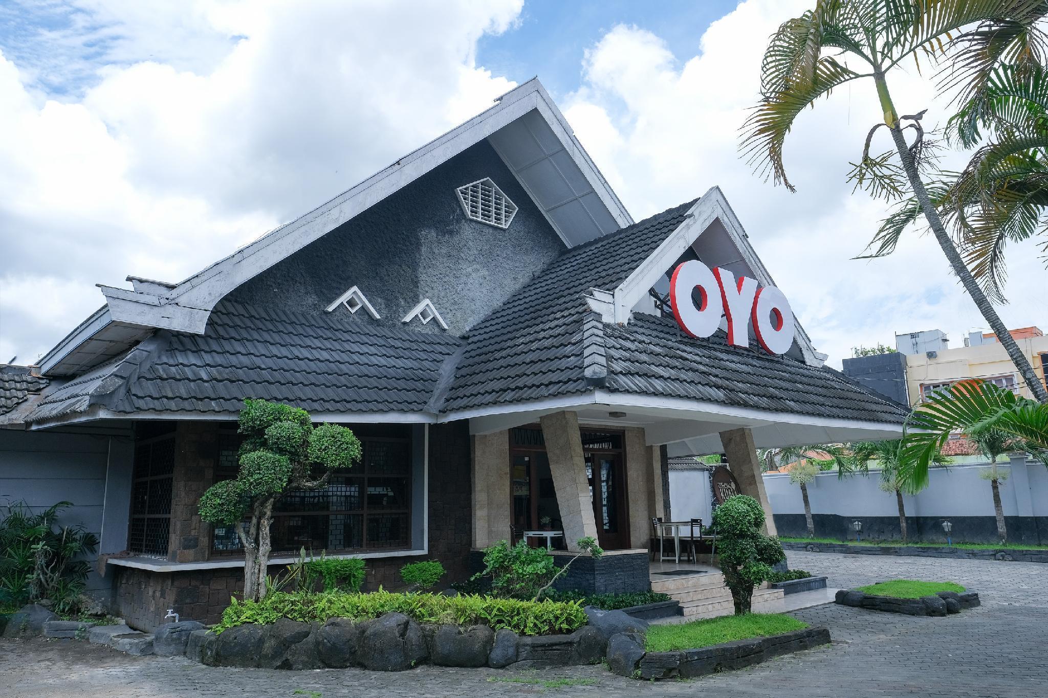 OYO 461 Hotel Madukoro