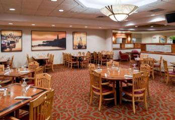 克拉麗奧機場波特蘭酒店