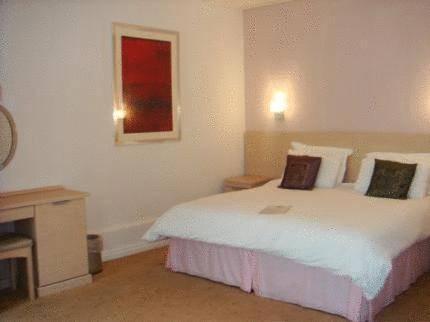 Mountview Hotel,