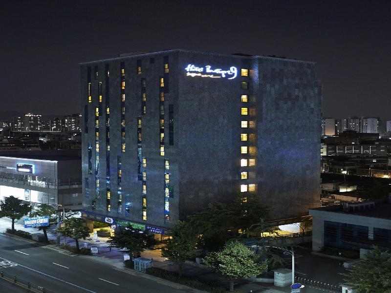 ホテル ブティック 9