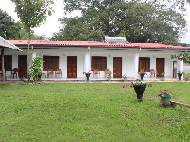 Apsara Guest Hotel
