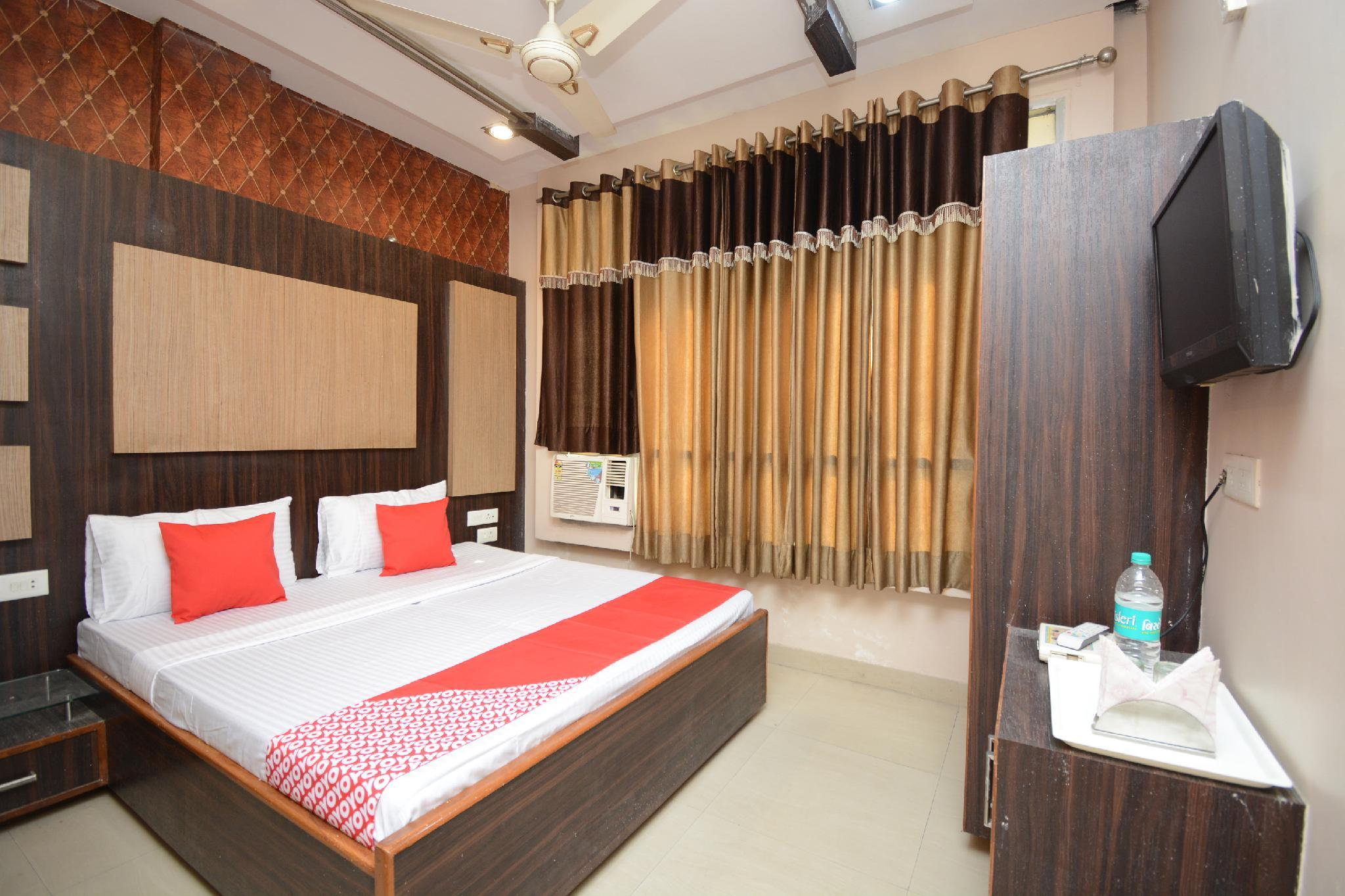 OYO 29312 Hotel Royal's, Bathinda