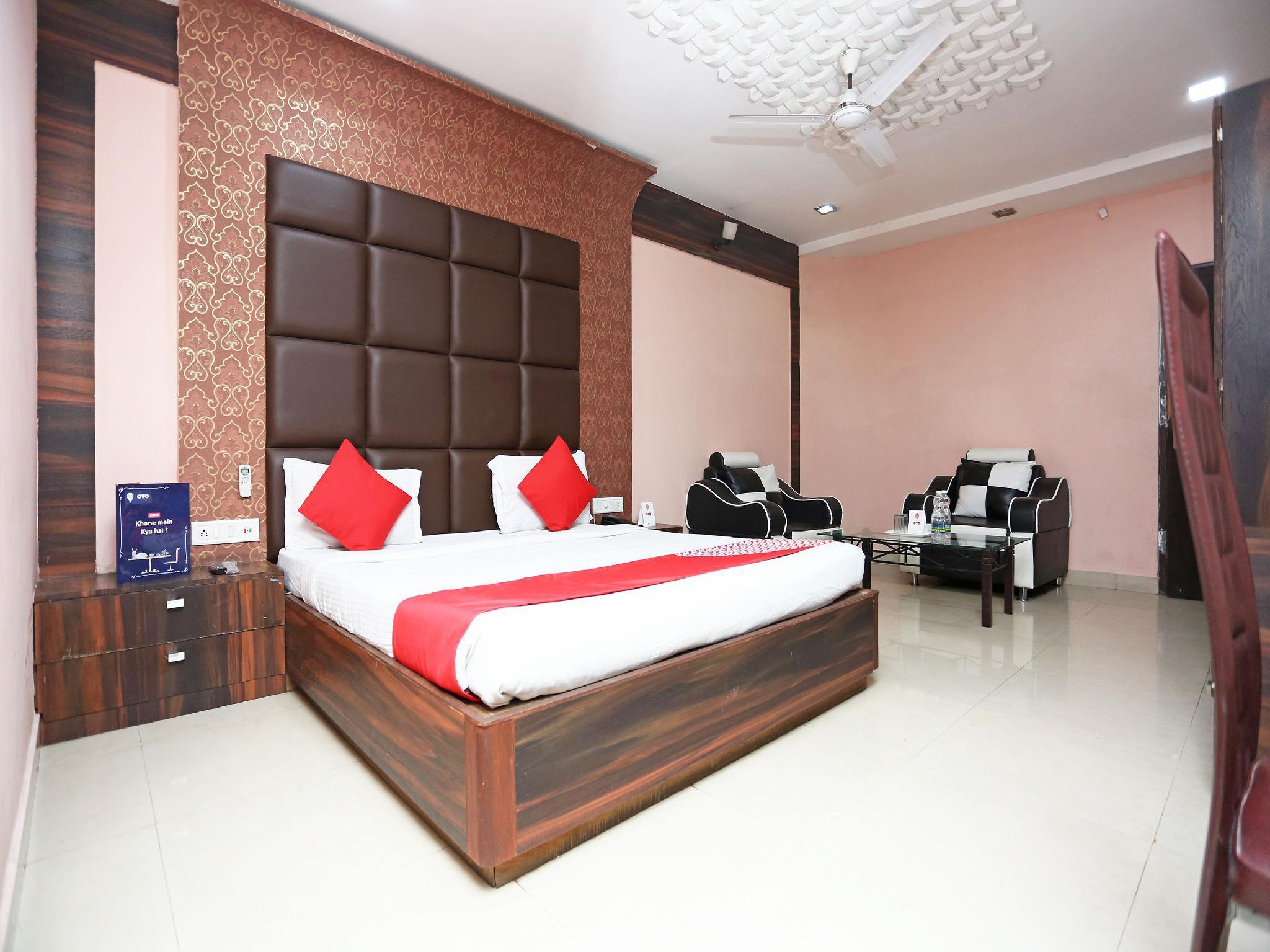 OYO 4127 Hotel City Pulse