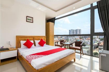 Khách Sạn & Căn Hộ Marine OYO 185