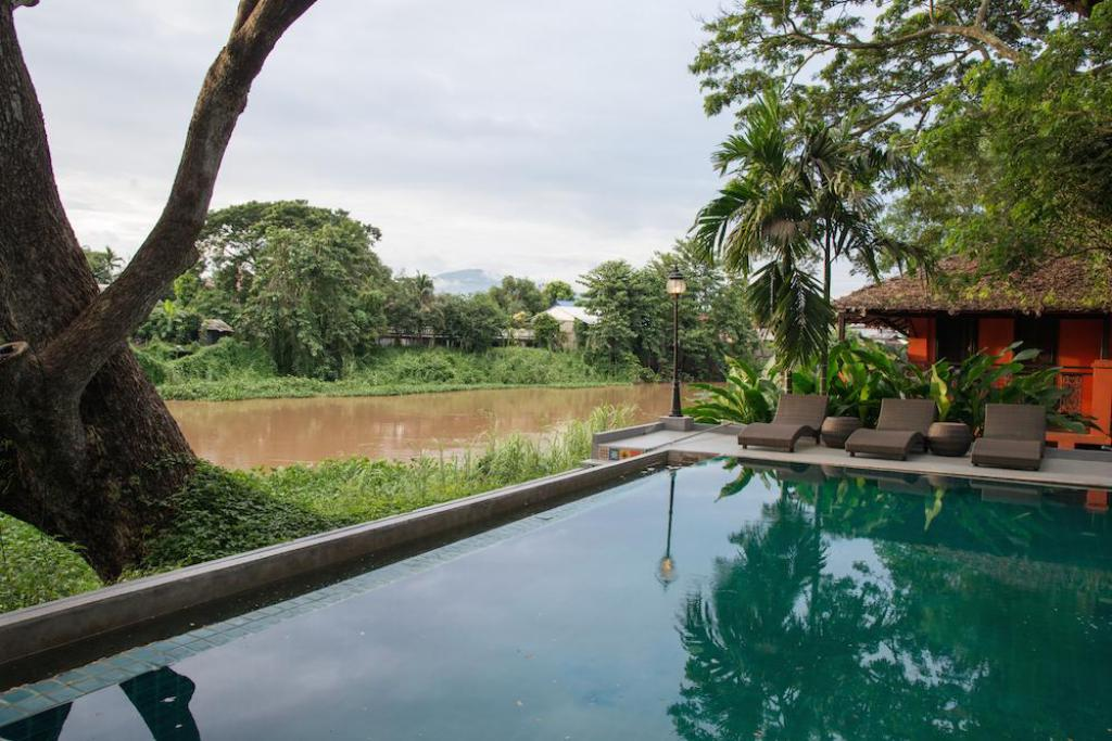 Baan Namping Riverside Village