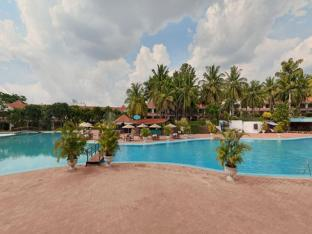Golden Palms Hotel and Spa Bangalore