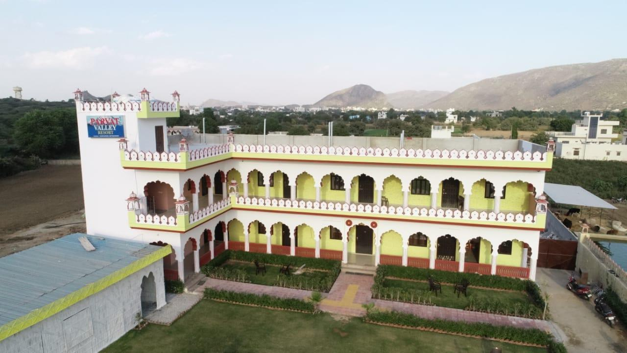 Parvat Valley Resort, Ajmer