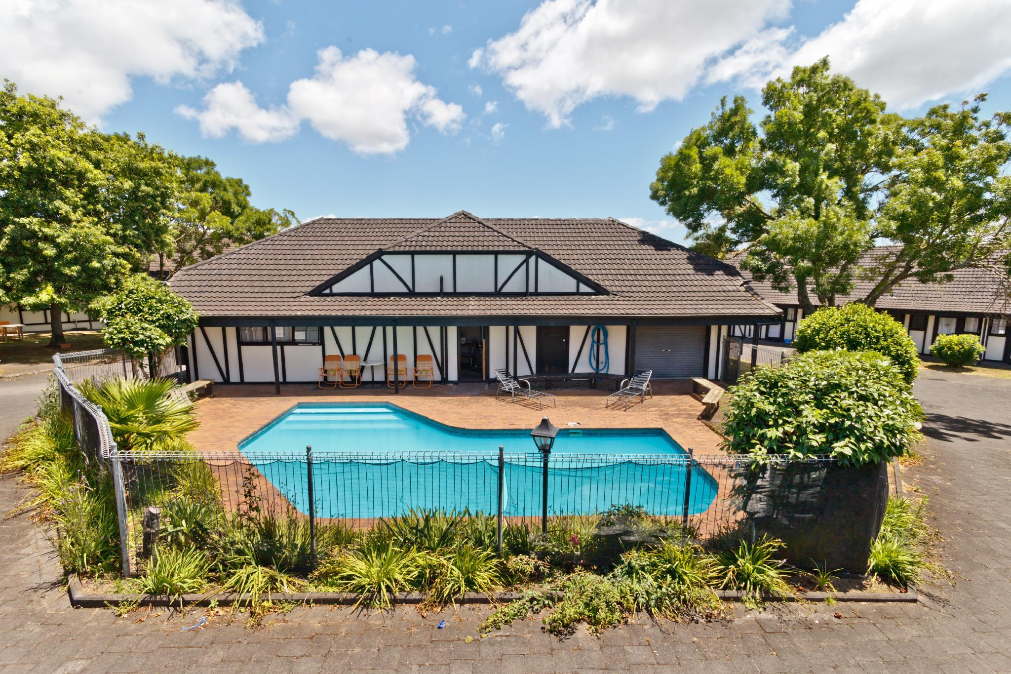 Oakwood Manor Motor Lodge, Manukau