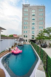 Urbanite Hotel