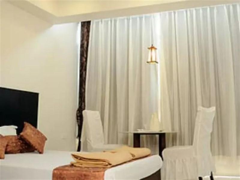 Hotel Srikamal International, Solapur